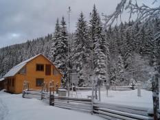 Зимовий стан Чорногірського географічного стаціонару
